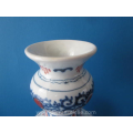 an earthenware hand painted Makkum double gourd vase Tichelaar