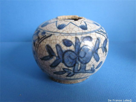 a small Chinese porcelain ming jar