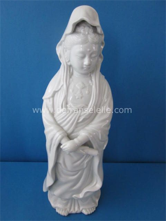 an antique blue and white Chinese porcelain Kwan Yin