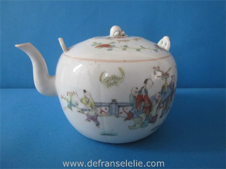 an antique Chinese famille rose porcelain teapot