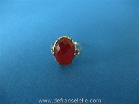 a vintage Dutch 14ct gold carnelian ring