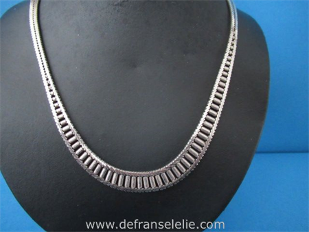 a vintage Dutch silver ladies' necklace