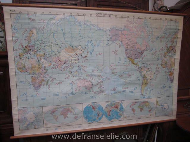 Verbazingwekkend een zeer grote oude schoolkaart wereldkaart: Brocante: Kunst en RF-72