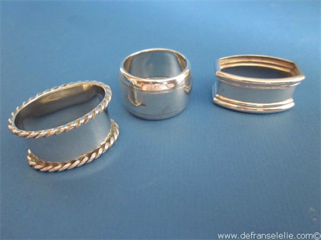 three Dutch vintage silver napkin rings